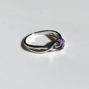 Fiore Gemstone Ring side view Amethyst Sterling Silver Hannah Daye & Co