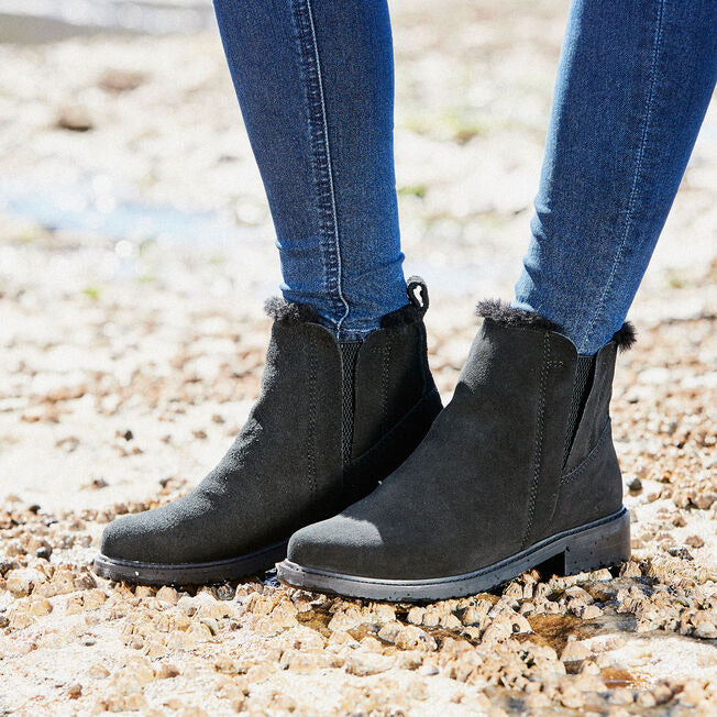 EMU Pioneer Waterproof Suede Black