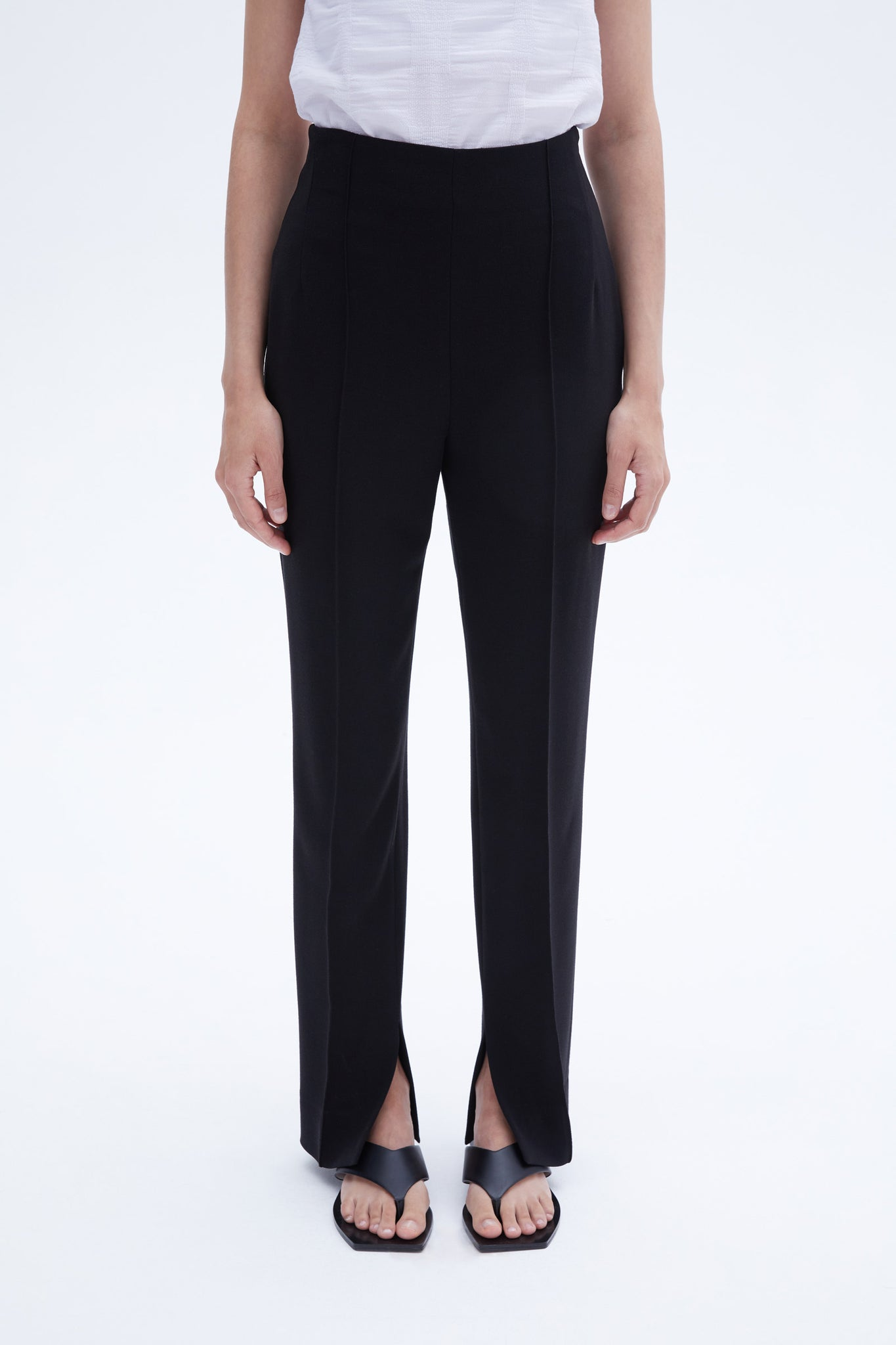 Byano trousers black crepe