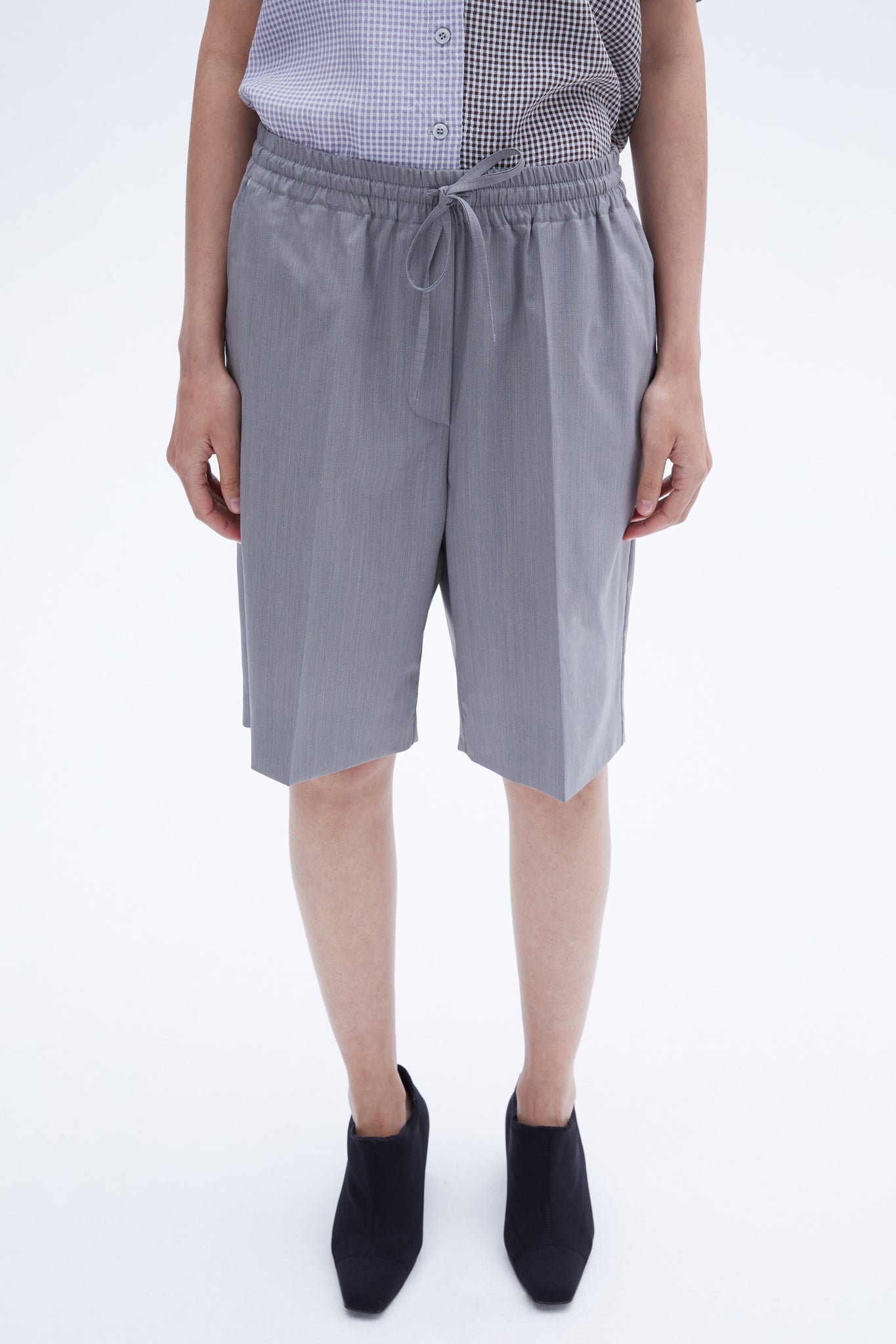 Darko shorts grey