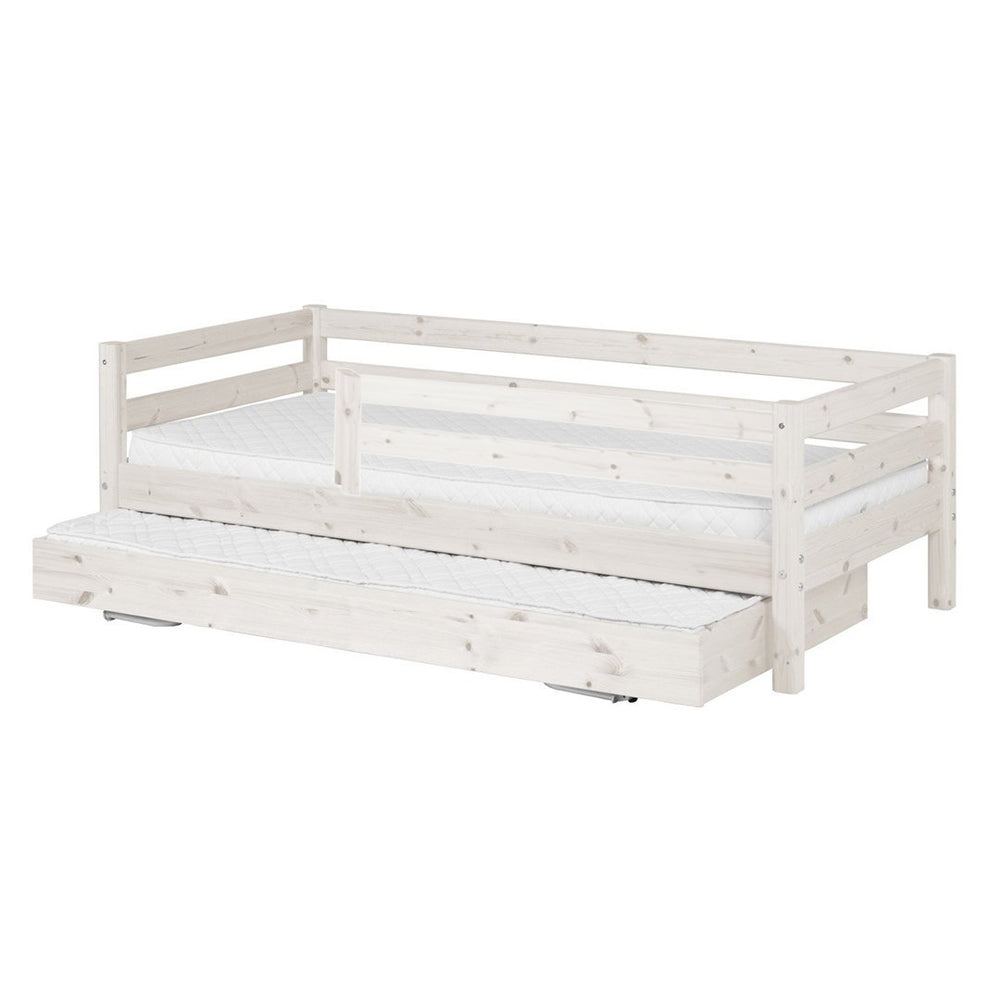 Classic - Day bed with 3/4 Safety Rail and Guest bed - White Washed - Kids Furniture | Flexa USA
