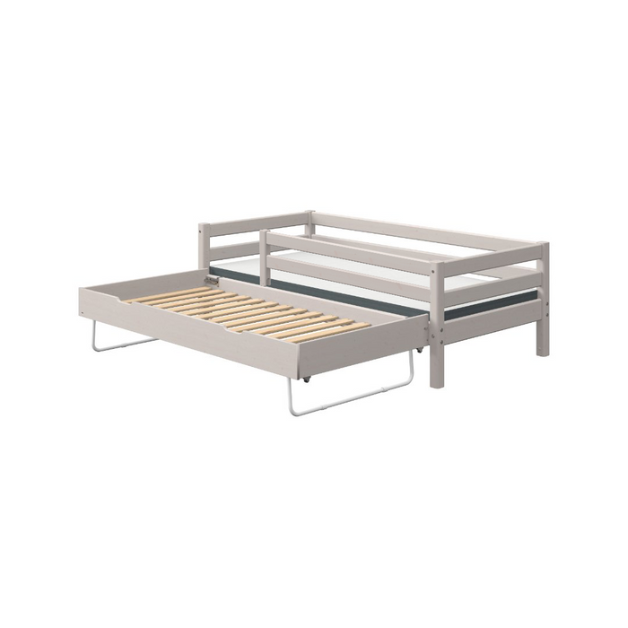 Classic - Day bed with 3/4 Safety Rail and Guest Bed - Grey Washed - Kids Furniture | Flexa USA