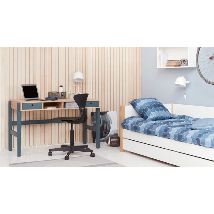 Nor - Daybed with 3/4 Safety Rail and Drawers - Oak/White - Kids Furniture | Flexa USA