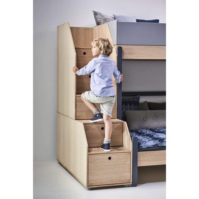 Popsicle - High bed with slanting ladder - Oak/Kiwi - Kids Furniture | Flexa USA