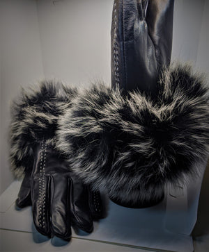 Women's gloves (Genuine leather and Fox fur)- Black