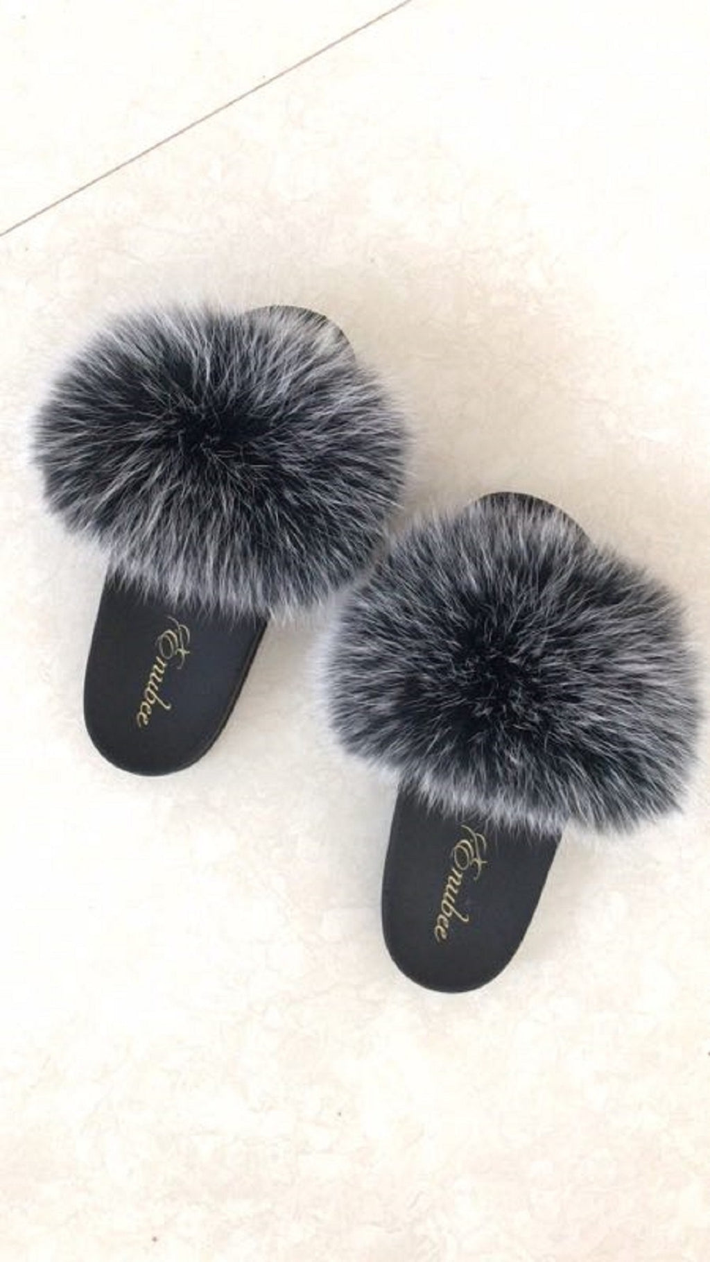 100% Fox Fur Slippers Black - ENUBEE