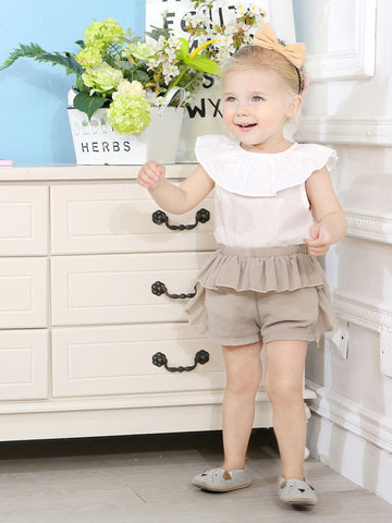 Baby Girl White Ruffle Top With Frilled Shorts