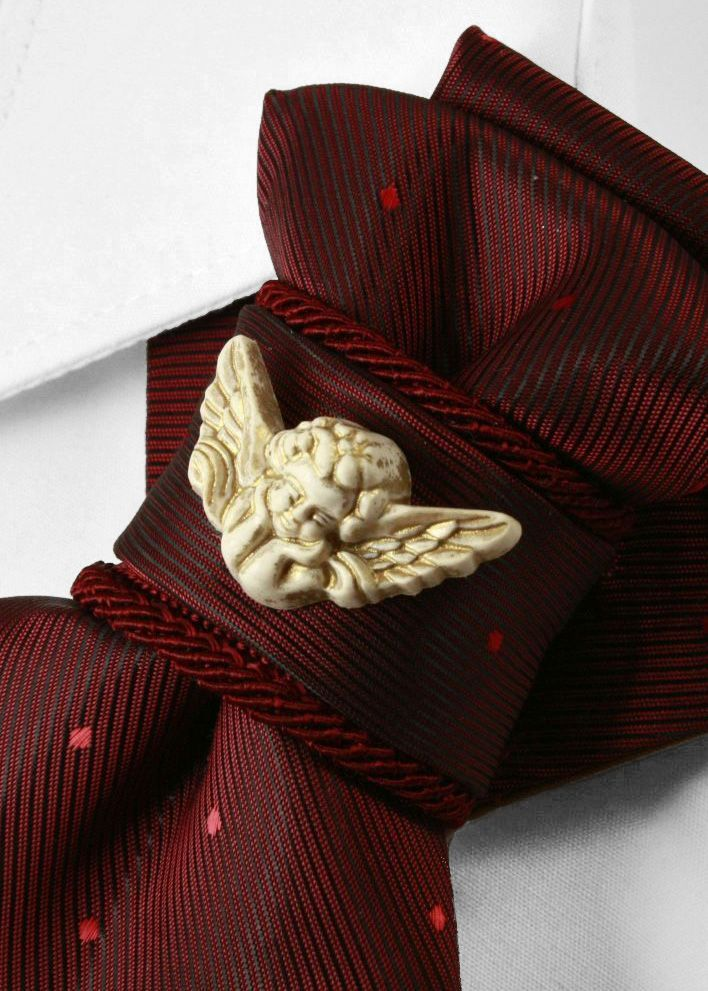 Hopper bow tie, Ruty Design, Necktie for women, Vertical bow tie, Original and unique bow tie