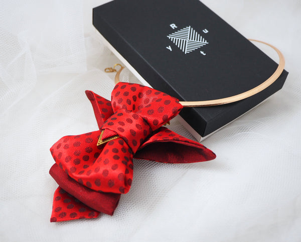 HOPPER TIE THE RED BIRD with gift pack