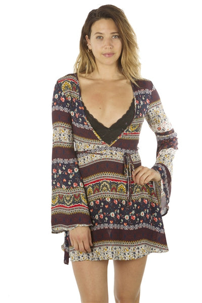 Ladies fashion deep v neck casual floral print mini dress, zip up, flare sleeve