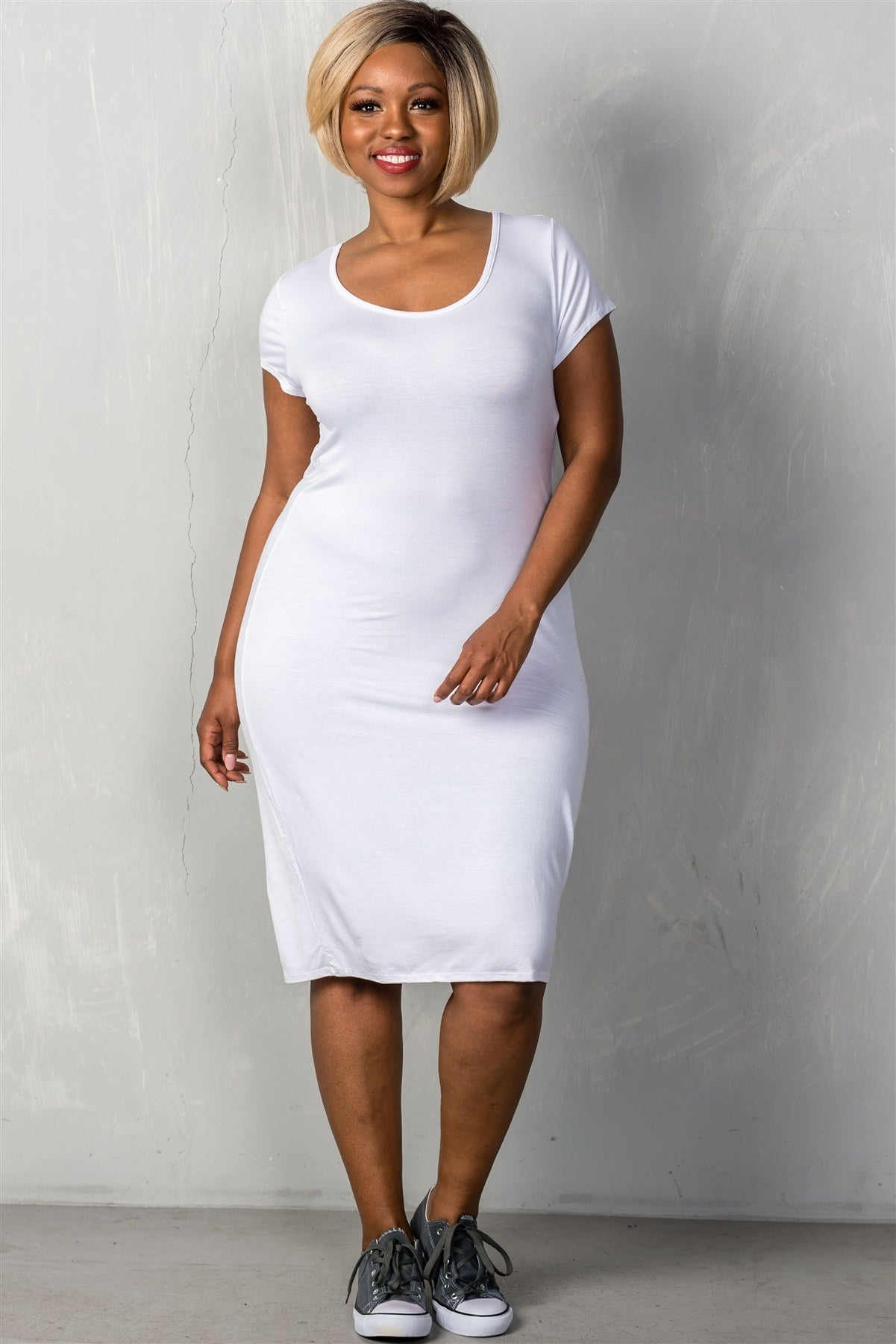 Ladies fashion plus size short sleeves stretchy fitted midi length round neckline dress