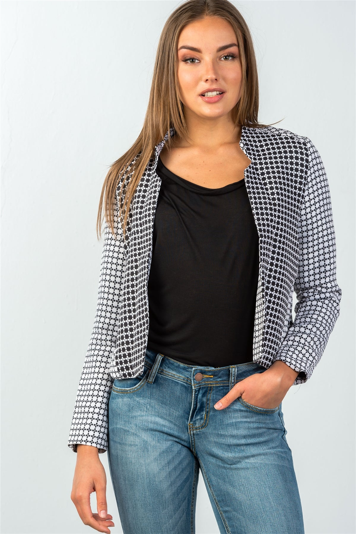 Ladies fashion two pockets  black & cream checkered monochrome blazer