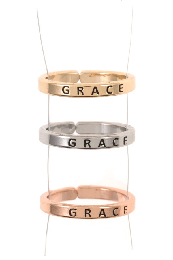 Ladies engraved grace triple ring set