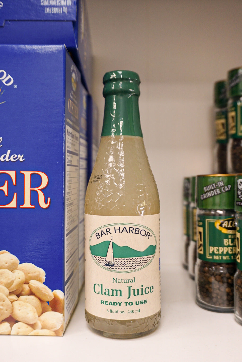 Bar Harbor Clam Juice 8 oz. - Darien
