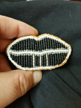 Load image into Gallery viewer, Beaded Lip Brooch - Black