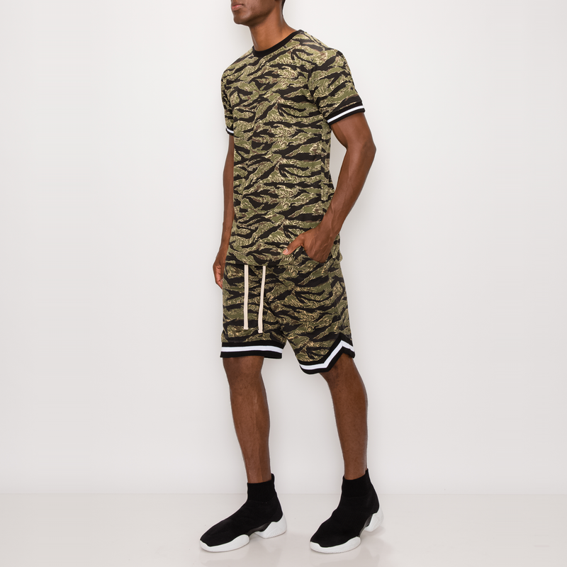 ANIMAL PRINT BASKETBALL SHORTS - TIGER
