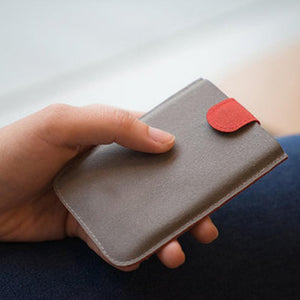 Pull-Out Card Wallet