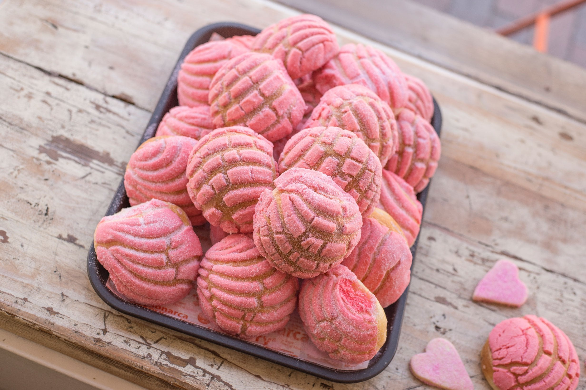 Pink Valentine's Day Conchas