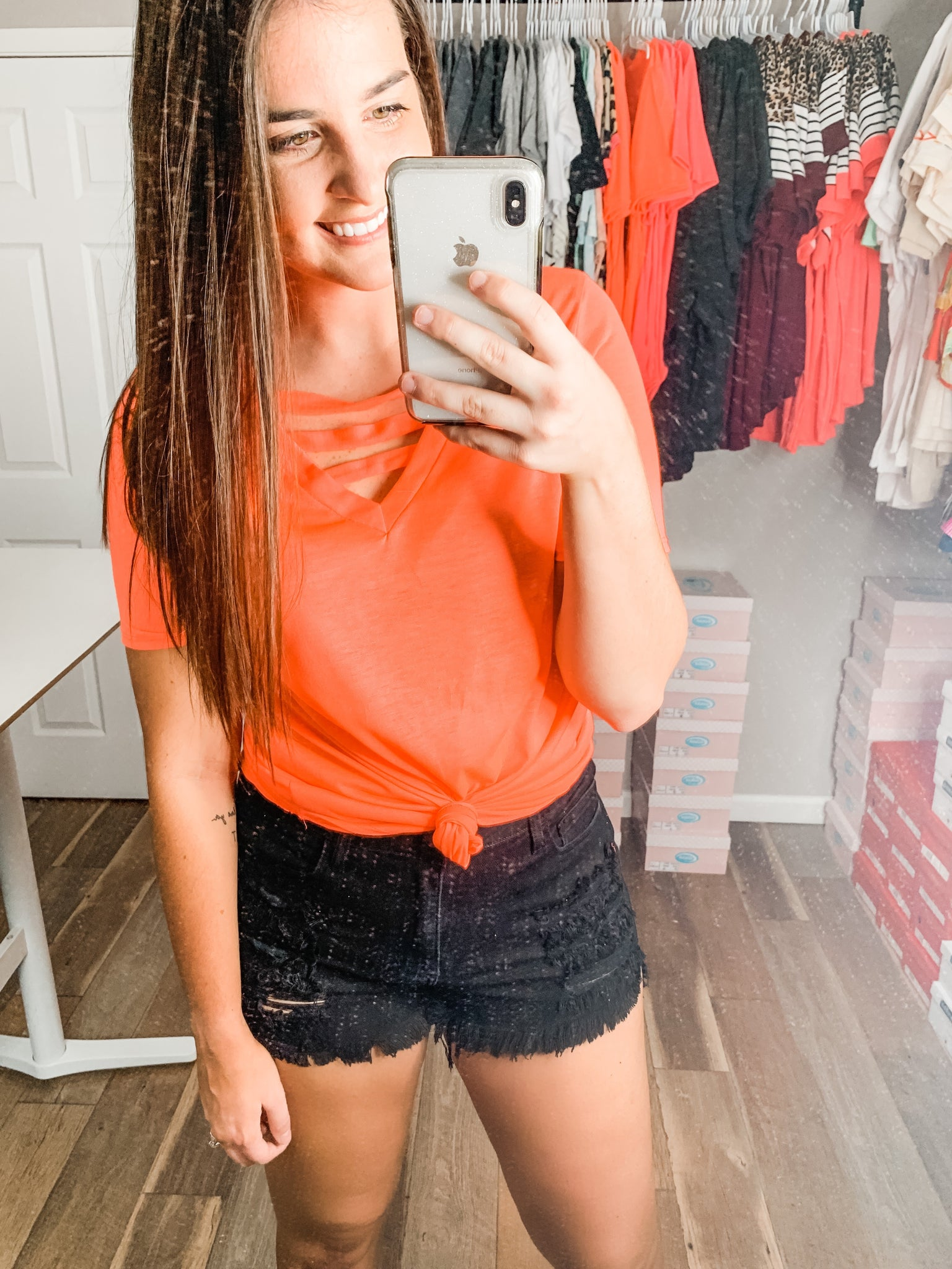 The Best Weekend Top: Neon Coral