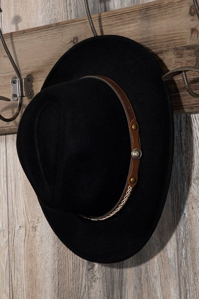 Beauty On Display Hat: Black