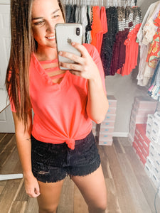The Best Weekend Top: Neon Pink