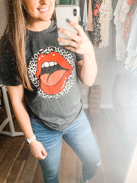 Leopard Kisses Tee: Charcoal