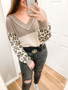 Short Notice Top: Mocha/Taupe