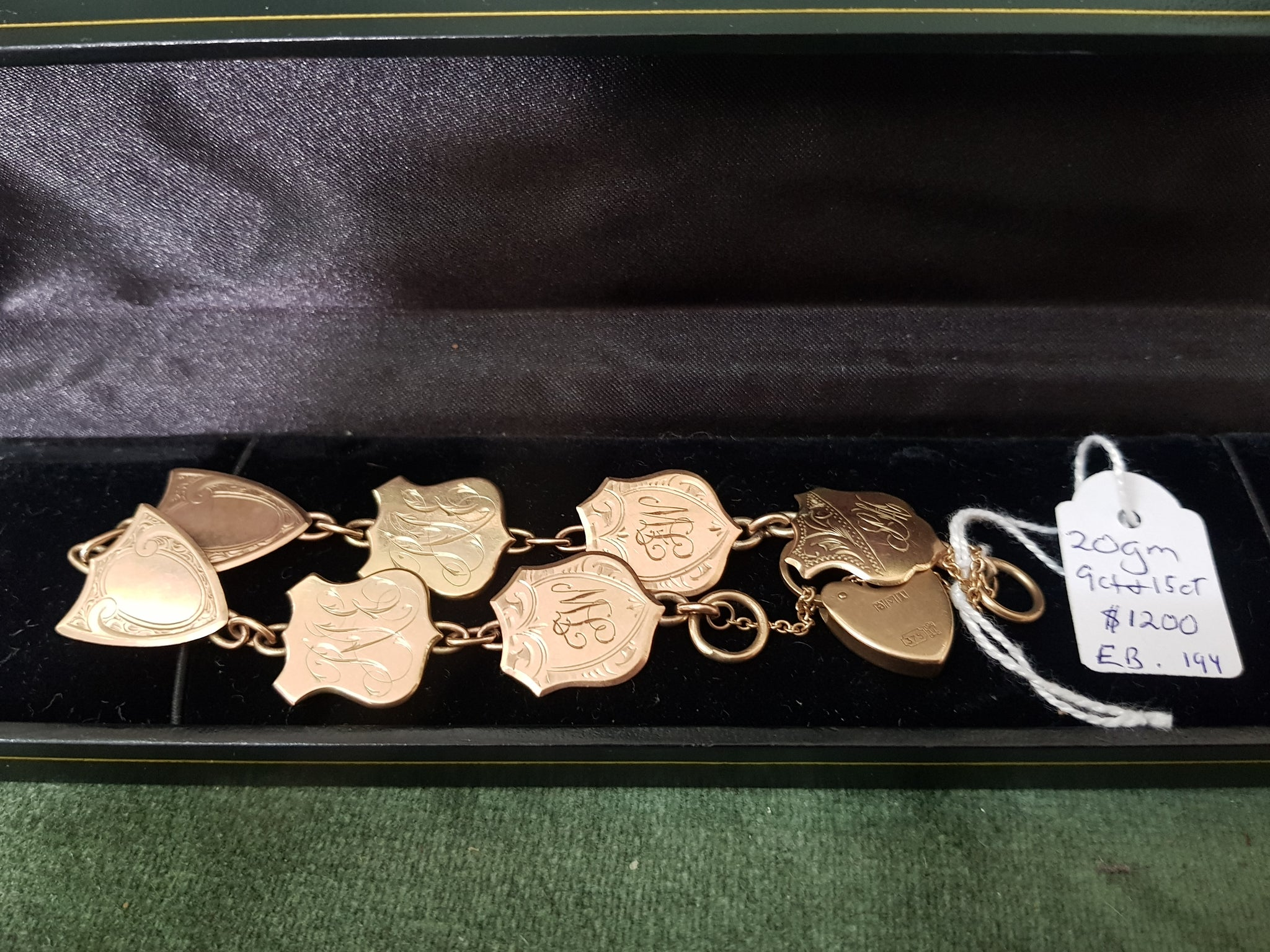9ct and 15ct Gold cufflinks bracelet #194