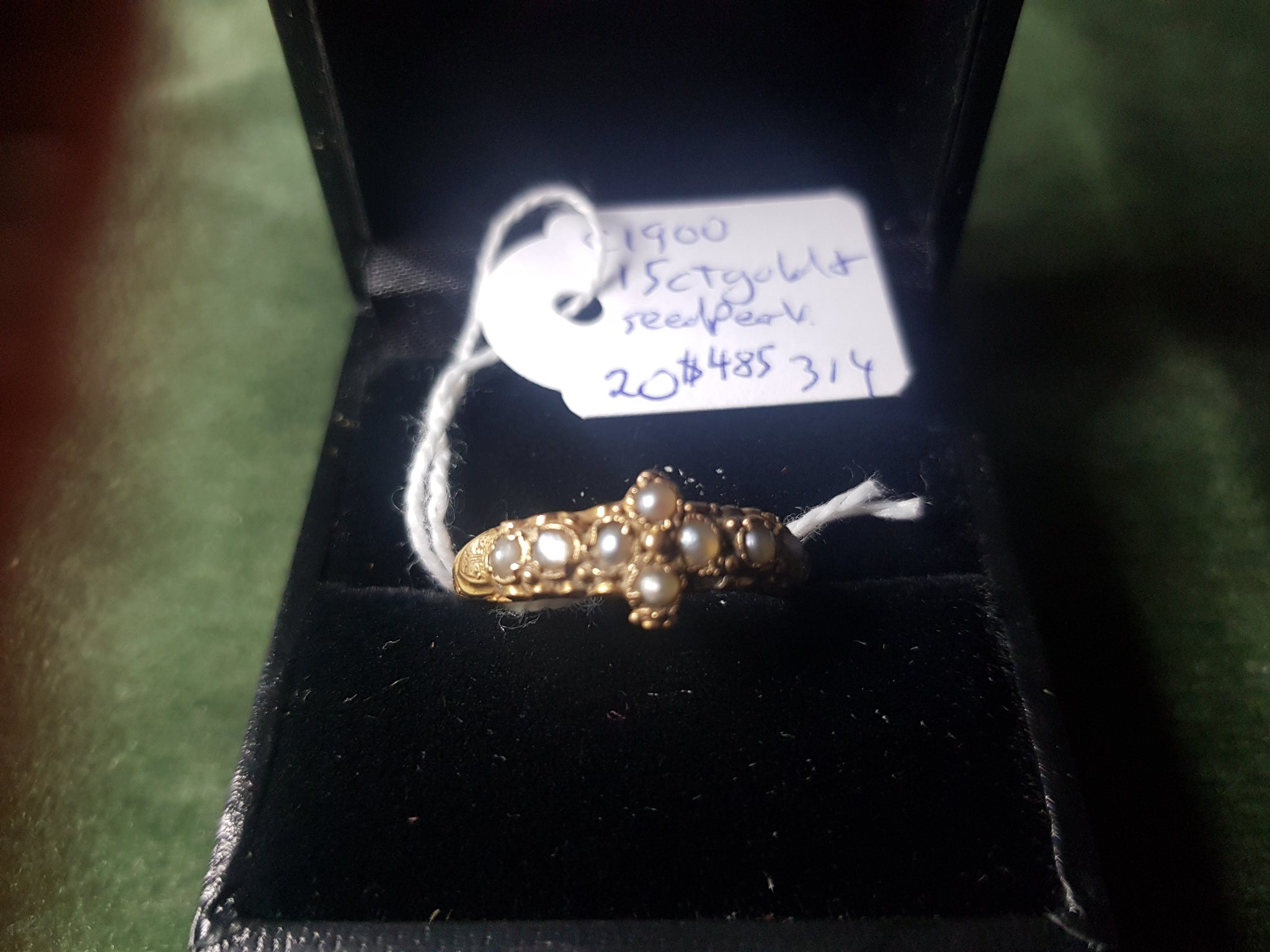 c1900 15ct Gold and Seed Pearls ring #314