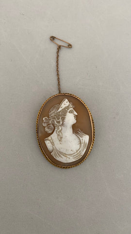 9ct Gold Cameo Brooch c.1930