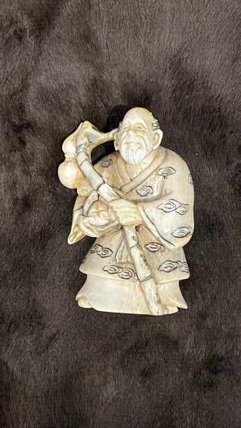 19th Century Qing Ivory Netsuke (Exported to Japan)