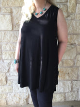 Summer Stretch Tunic V-Neck Black Plus Size