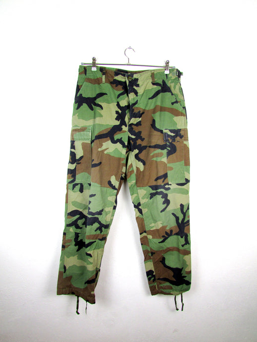 vintage US Army woodland Camo. Rip Stop Cargo Pant