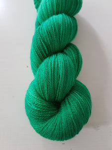 """Emerald"" Jewel Lace"