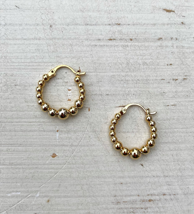 Graduated Gold Ball Hoops