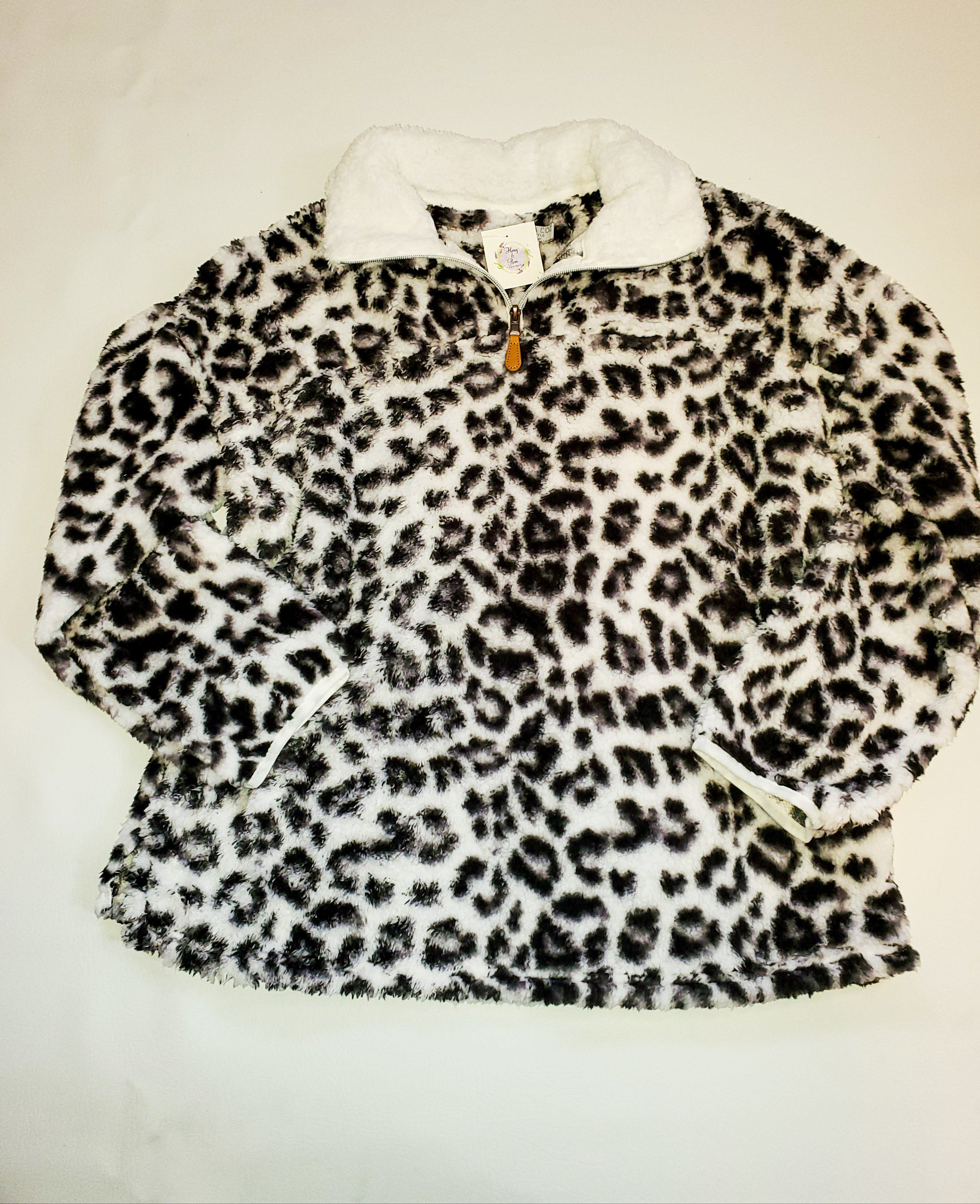 Drive Me Wild Black/White Animal Print Pullover Pullover warm & Cozy
