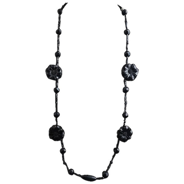 Victorian whitby jet mourning necklace