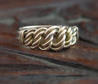 Victorian 9ct gold knot ring, keeper ring