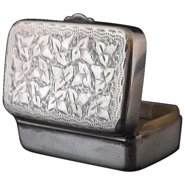 Antique Victorian silver plated snuff box, ivy leaf