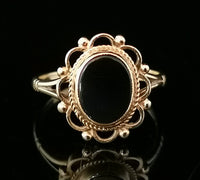 Vintage 9ct gold and Onyx cocktail ring