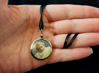 Antique Edwardian 9ct gold portrait pendant, locket