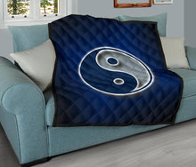 Load image into Gallery viewer, Ying Yang Quilt/Dallas/Texas/Blue/Silver/Blanket
