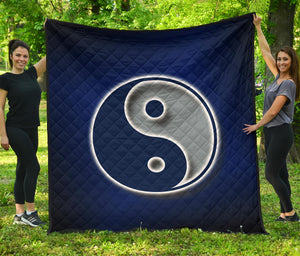 Ying Yang Quilt/Dallas/Texas/Blue/Silver/Blanket