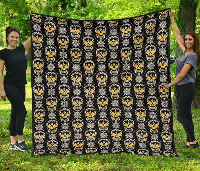 Skulls Quilt/Black/Gold/Pittsburgh