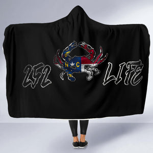 252 Life/Crab/State Flag/Hoodie Blanket/Outer Banks/North Carolina