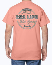 Load image into Gallery viewer, Genuine 252 Life/Insignia Cinco/ T-shirt/unisex