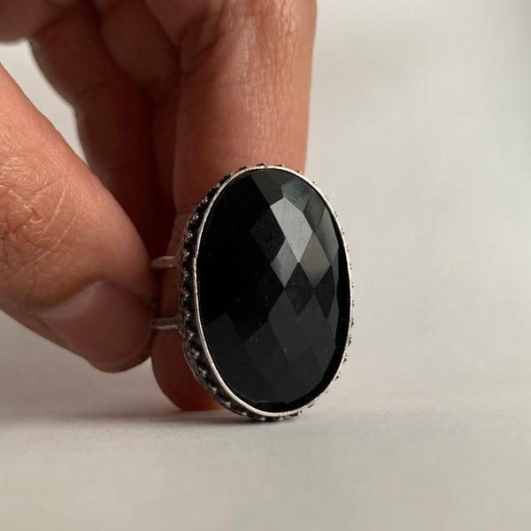 Oval Onyx Ring