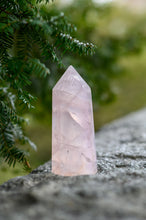 Load image into Gallery viewer, Large Rose Quartz Point