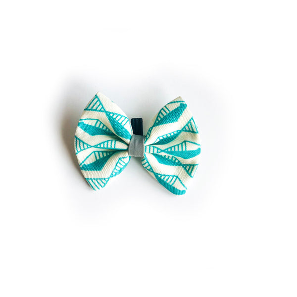 Hiro & Wolf-Dog Bow Tie Green
