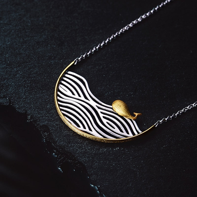 The Swimming Whale Necklace - LUSTROUSOLOGY